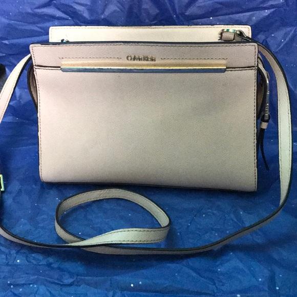 Calvin Klein Handbags - Calvin Klein crossbody